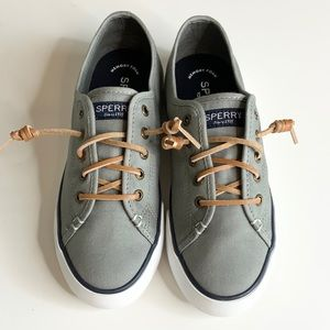Sperry Top Sider Pier View Woman's Sneakers NWNT